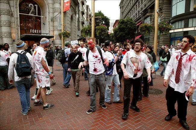 tn Un flash mob de zombies San Francisco, attention ils mordent !