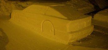 Au Canada, un homme se fait coller une contravention en trompant les policiers avec une voiture en neige