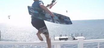 Le kite-surfeur Evan Netsch s'envole depuis la fenêtre de sa maison (VIDEO)