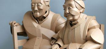 Des sculptures en carton en grandeur nature