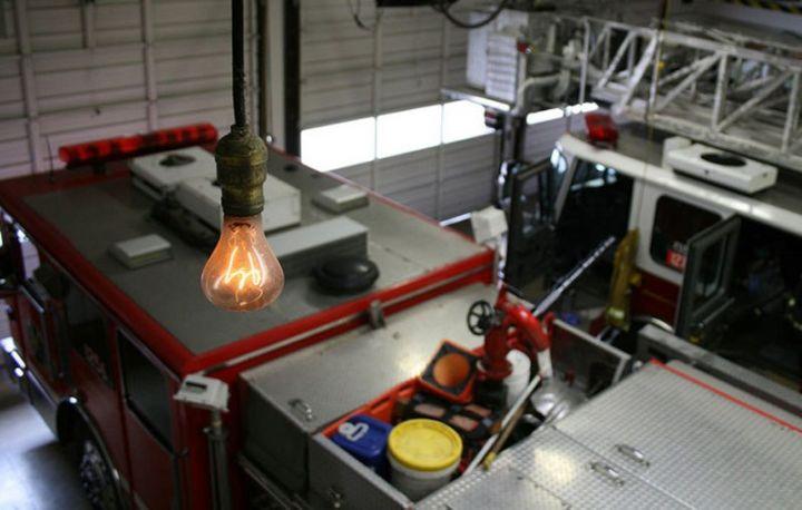 l'ampoule la plus ancienne