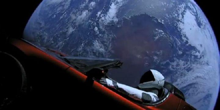 Lancement des premiers satellites du projet Starlink — SpaceX