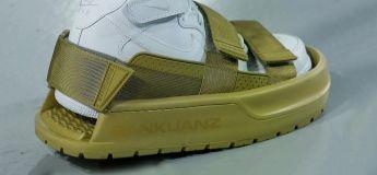 Le sockuanz's strap-on sneaker protector ou la chaussure pour chaussures… mais WTF !