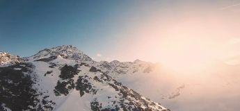 Ces drones qui survolent les Alpes nous offrent la vision que peut avoir Superman : canon !