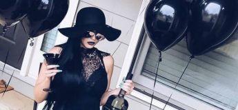 Pour ses 30 ans, elle veut un anniversaire sur le thème de son enterrement. Joyeux !
