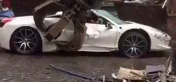 Cette Ferrari que le tribunal pensait volée est réduite en miettes à la casse