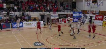 Islande : le panier de la victoire impensable dans ce match de basket