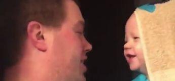 Les fous rires avec les bébés, les meilleurs moments de la vie