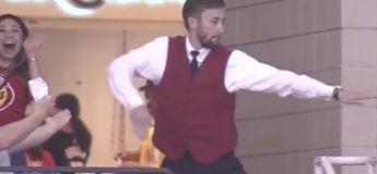 Cet employé de stade des Houston Rockets va mettre le feu en dansant pendant la pause