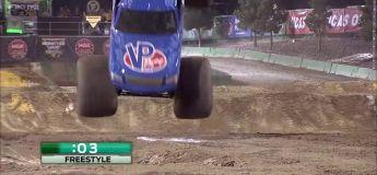 Monster Truck : premier frontflip de l'histoire réussit par Lee O'Donnell