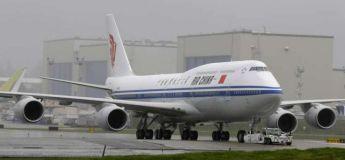 Un passager ouvre la porte de secours d'un avion car il a… trop chaud