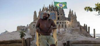 Un homme ne paie pas de loyer en vivant dans un château de sable à Rio de Janeiro