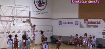 Olivier Rioux, basketteur de 2,13m à 12 ans qui dunke sans sauter