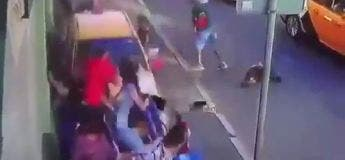 Un taxi russe percute des passants à Moscou et fait plusieurs blessés