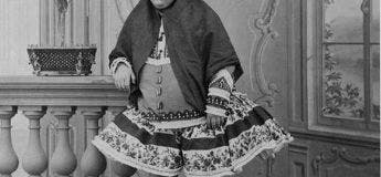 Mythe : La princesse Qajar était un symbole de beauté, 13soupirants se sont suicidés parce qu'elle les avait rejetés