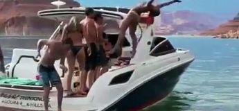 ElElle fait la belle et rate complètement son salto arrière sur un bateau