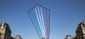 Le raté de la Patrouille de France lors du défile du 14 juillet avec un drapeau «rouge-bleu-blanc-rouge»