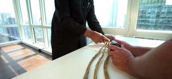Le détenteur des ongles les plus longs s'est enfin décidé à les couper