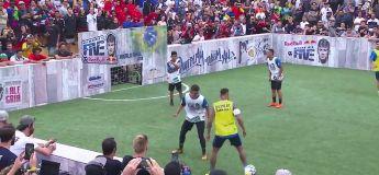 Neymar se fait humilier par un joueur de futsal et l'envoie dans le décor