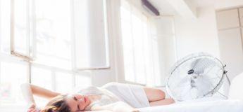 Dormir avec un ventilateur allumé serait mauvais pour la santé