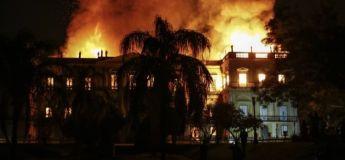 Un incendie détruit intégralement le musée de Rio de Janeiro