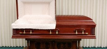 Un parc à thème américain lance le défi de passer 30 heures dans un cercueil