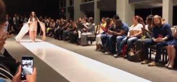 Une jeune fille trisomique réalise son rêve de défiler à la fashion week de New york