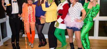 Les déguisements orignaux pour halloween d'une bande de filles sont juste géniaux