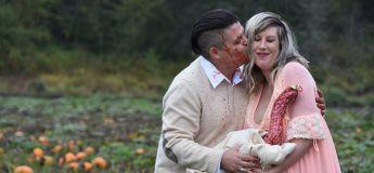 Les horribles photos de maternité d'un couple