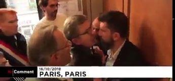 Jean Luc Mélenchon se prend pour un Lopez lors de sa perquisition (parodie)