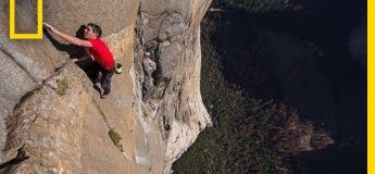 La première ascension de El Capitan pour ce grimpeur, sans cordes ni autres aides !