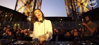 Nina Kraviz électrise la Tour Eiffel avec un mix légendaire