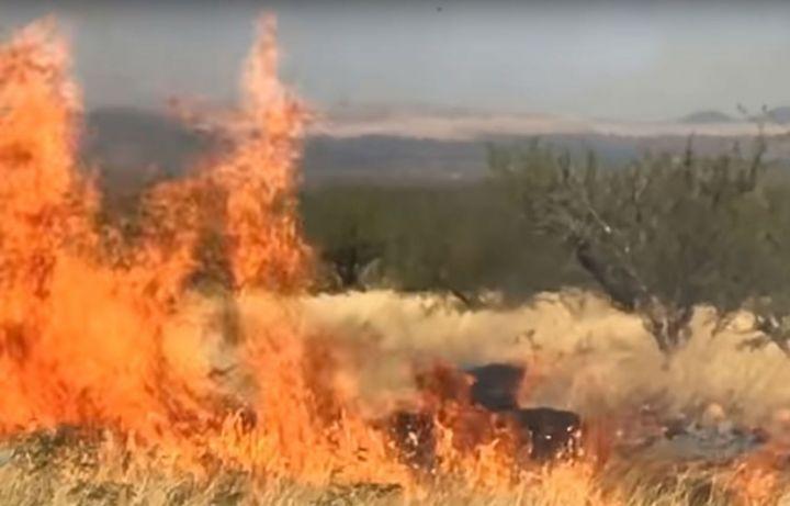 Il annonce le sexe de son bébé et crée un incendie