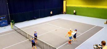 Un tennisman pète les plomb après sa victoire, en célébrant notamment comme CR7
