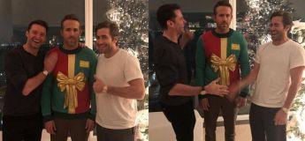 Hugh Jackman et Jake Gyllenhaal se sont moqués de Ryan Reynolds avec une farce de cavalier de Noël