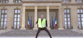 Emmanuel Macron en #GiletJaune qui danse à l'Elysée