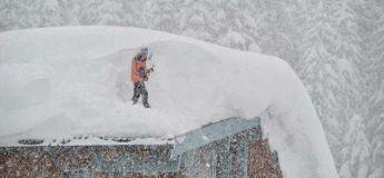 Une immense quantité de neige s'abat sur l'Autriche, on parle de plus de 2 mètres et ce n'est pas fini !
