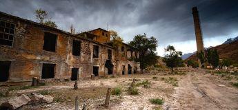 Les stupéfiantes photographies d'anciennes villes et usines soviétiques abandonnées
