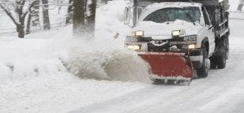 En seulement 4 jours, cet adolescent a réussi à empocher 35 000 dollars rien qu'en déblayant la neige de ses voisins !