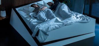 SmartBed, le lit intelligent qui maintient les dormeurs chacun de leur côté