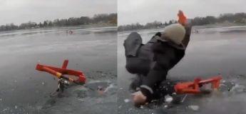 Il paraît que la pêche sur un lac gelé est difficile durant le froid glacial de l'hiver