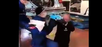 VIDEO : Les garagistes réussissent un exploit en s'occupant de cette légendaire Coccinelle