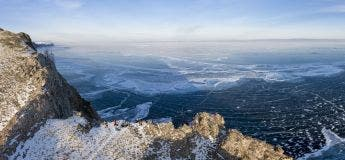 Découvrez les images sublimes du lac Baïkal, le lac le plus profond du monde