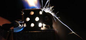 Un Chinois a failli exploser après avoir avalé un briquet