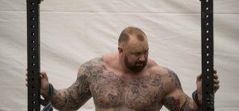 RECORD : La Montagne islandaise soulève une barre de 474 kilos