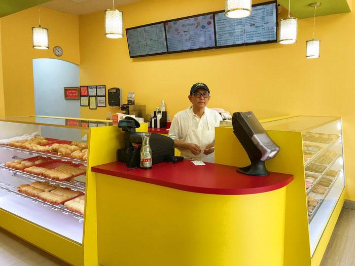 Un fils sauve la boutique de donuts de son père grâce à un tweet