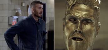 David Beckham  s'est fait piéger par une statue ratée à son effigie