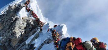 Ascension du Mont Everest : les gens meurent dans les files d'attente