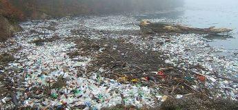 Les scientifiques viennent de créer un nouveau type de plastique qui peut être recyclé indéfiniment