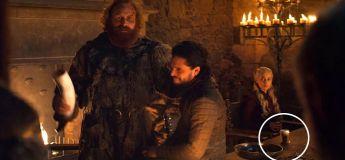 Un gobelet Starbucks s'incruste dans une scène de Game of Thones